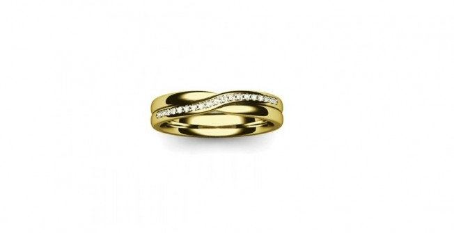 Wedding Bands in Pool of Muckhart