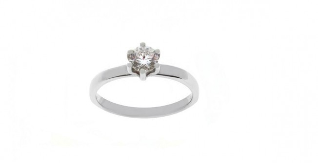 Platinum Engagement Ring in Abercraf